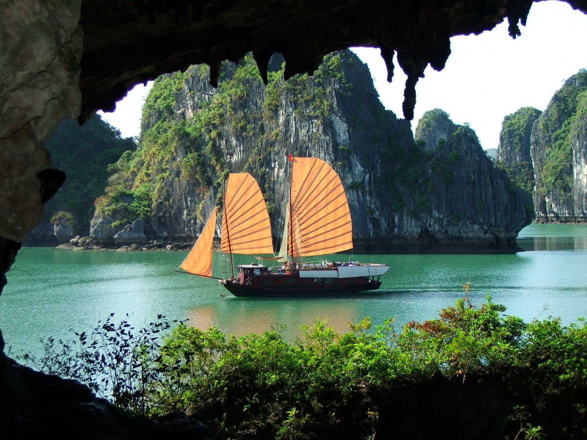 HALONG BAY 01 DAY